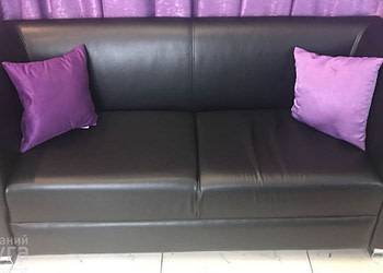 диван черный